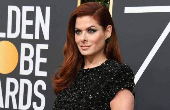 Debra Messing calls out E! Network for pay inequity during the Golden Globes